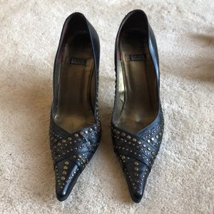 Costa Blanca distressed studded leather pumps
